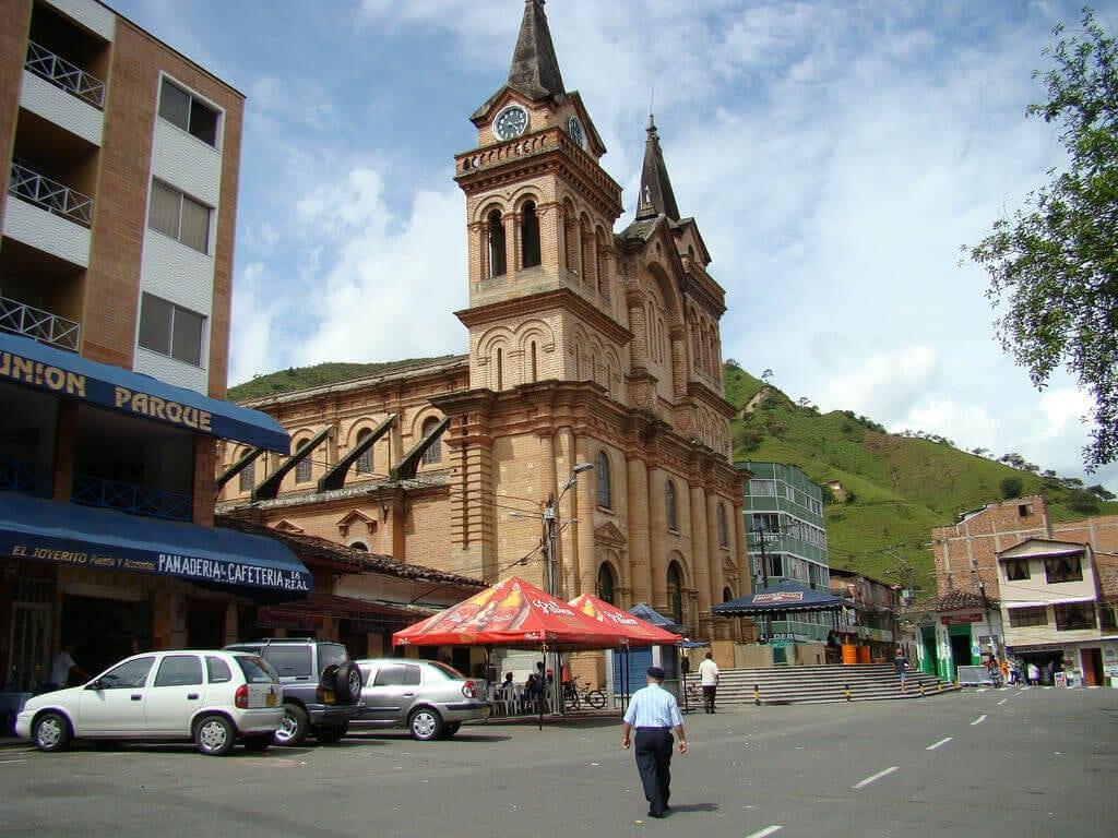 Gobierno Nacional aprobó venta y consumo de licor en Barbosa