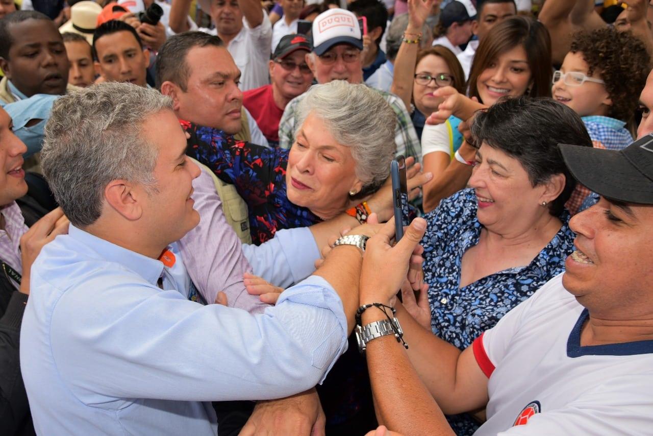 Iván Duque sigue conquistando electores en Antioquia