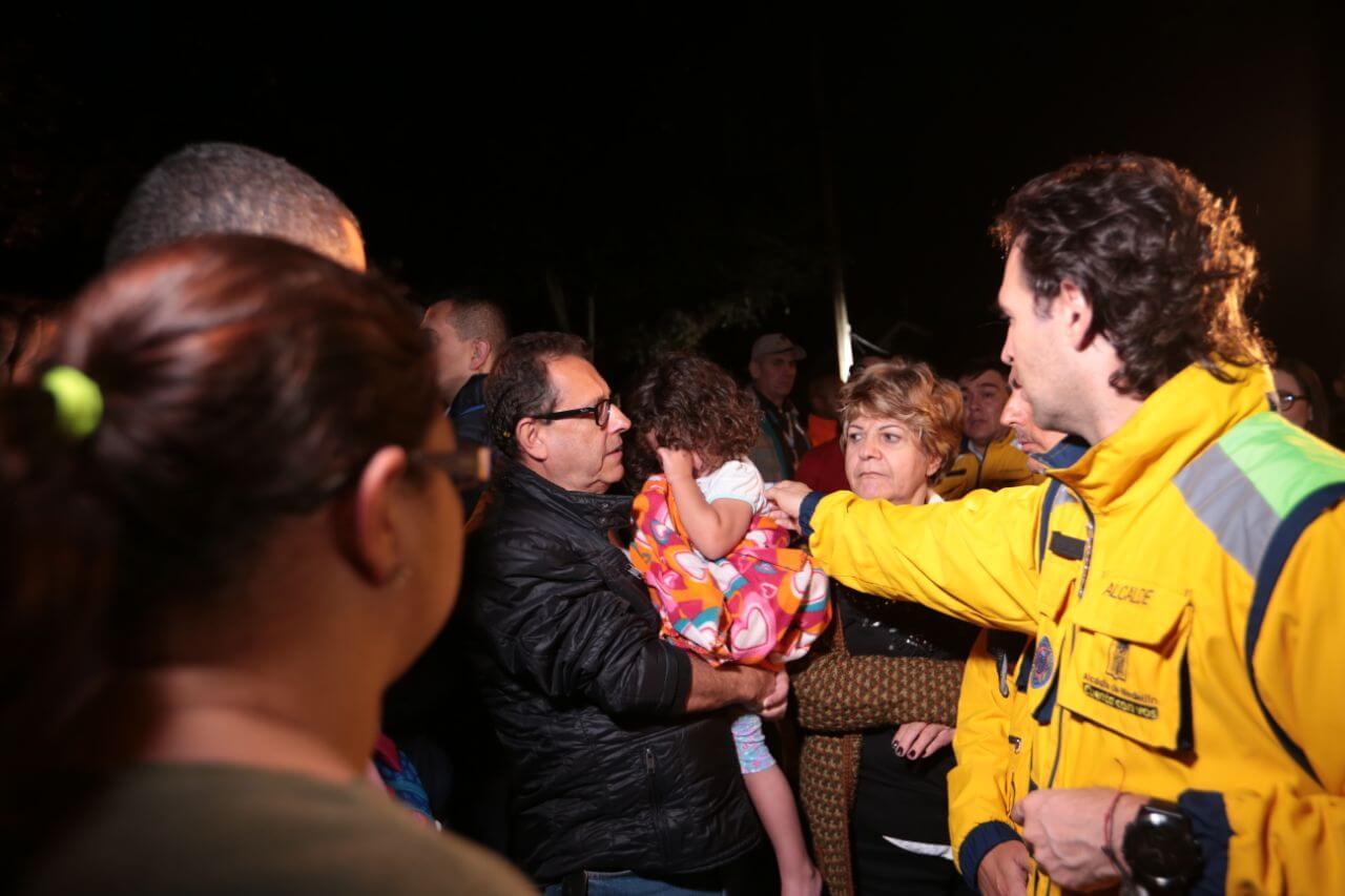 Derribar Bernavento fue una decisión difícil pero correcta: Alcalde de Medellín