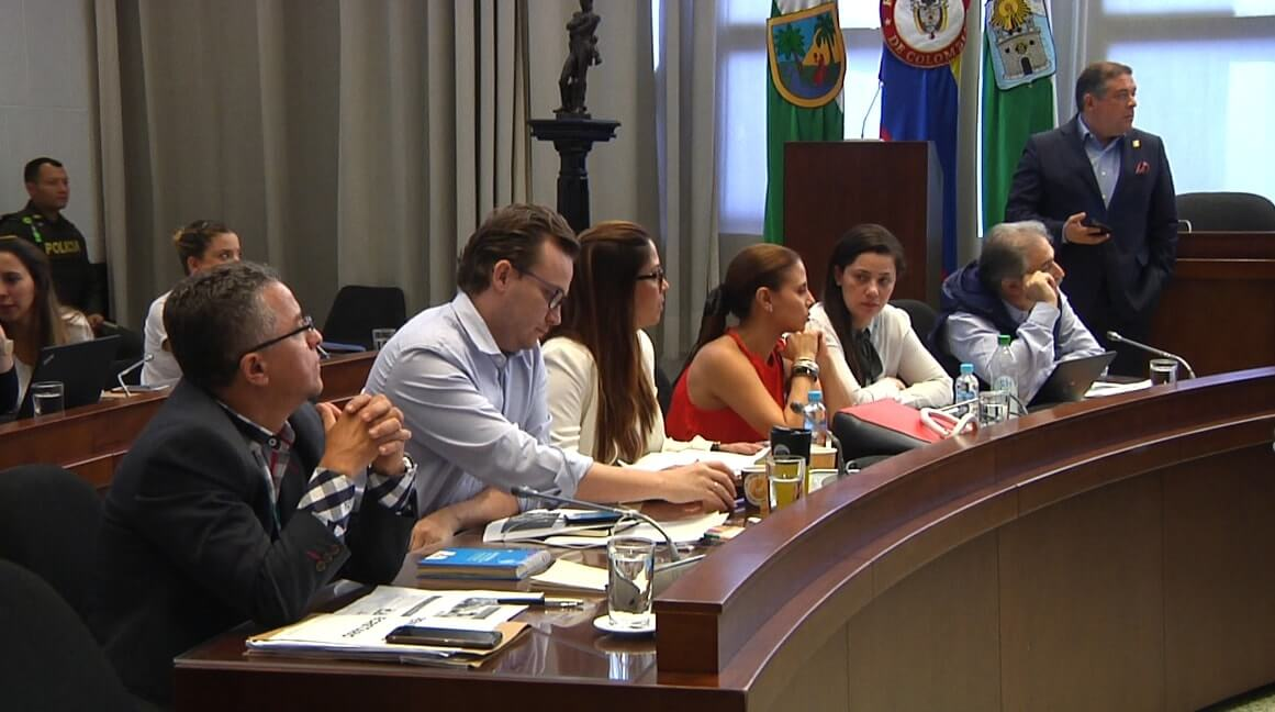 Promedio de edad de primer consumo en Medellín es de 14 años: Secretaría de Salud