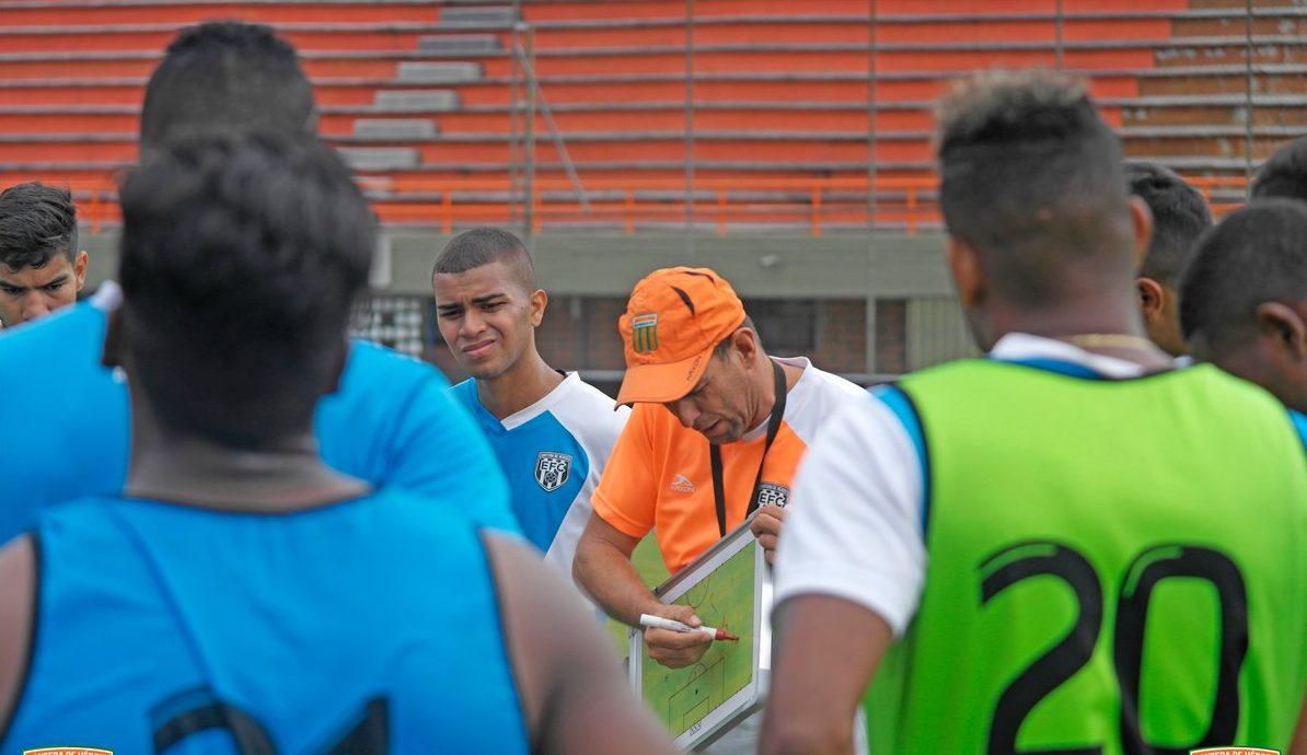 Juan Carlos Ramírez es el nuevo director técnico (e) del Envigado F.C.