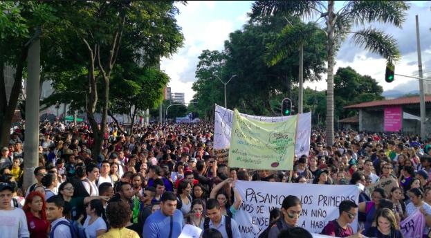 Estudiantes de Medellín marcharán nuevamente por la educación
