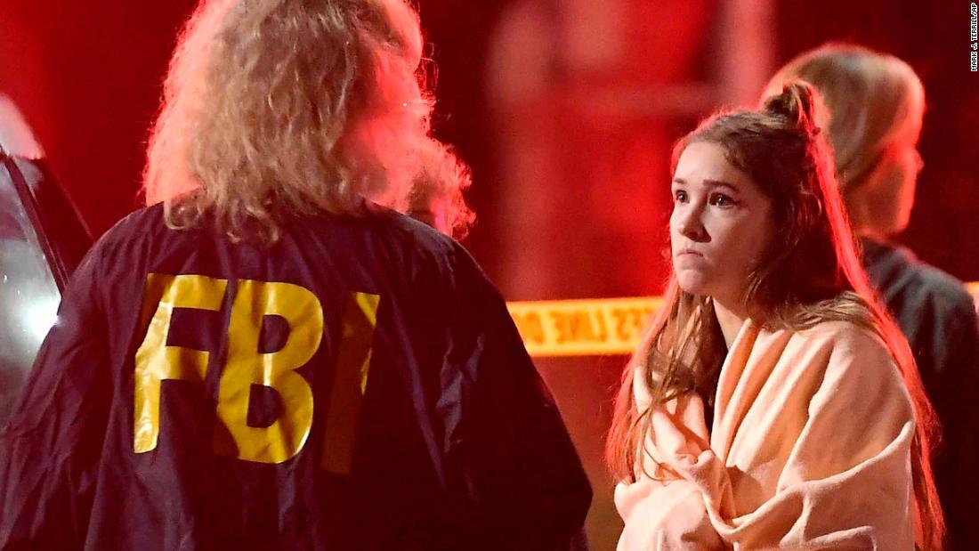 Tiroteo en California deja al menos 12 personas muertas