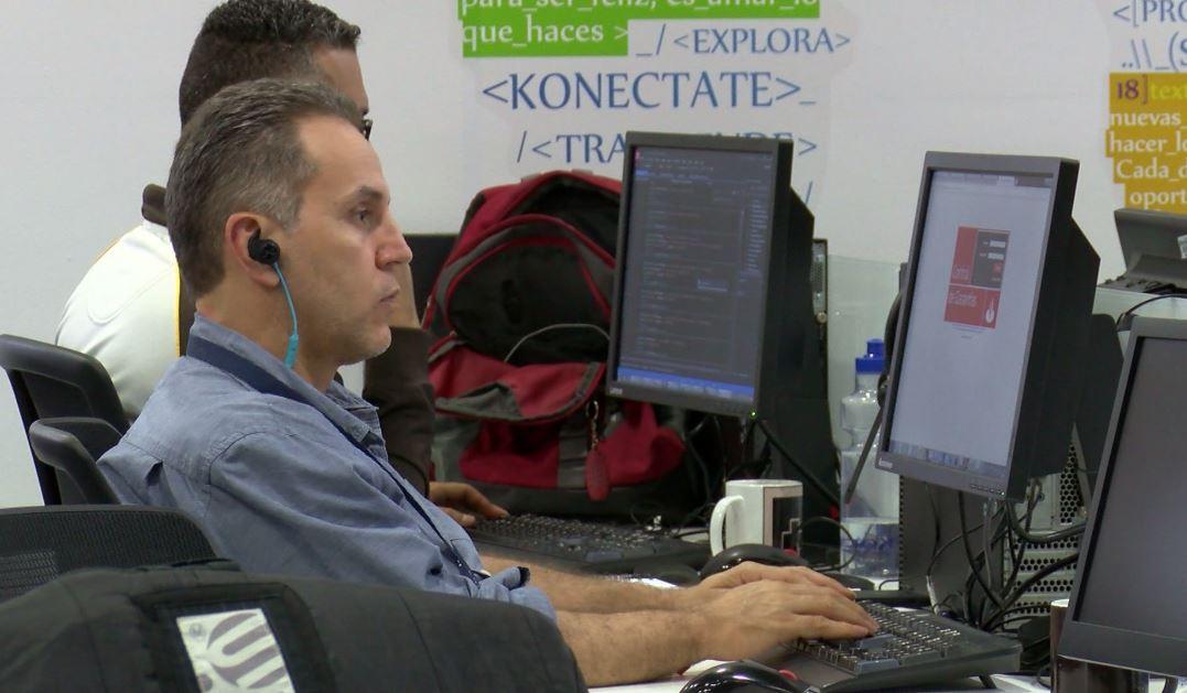 Cuarta Revolución Industrial promoverá empleo juvenil en Medellín