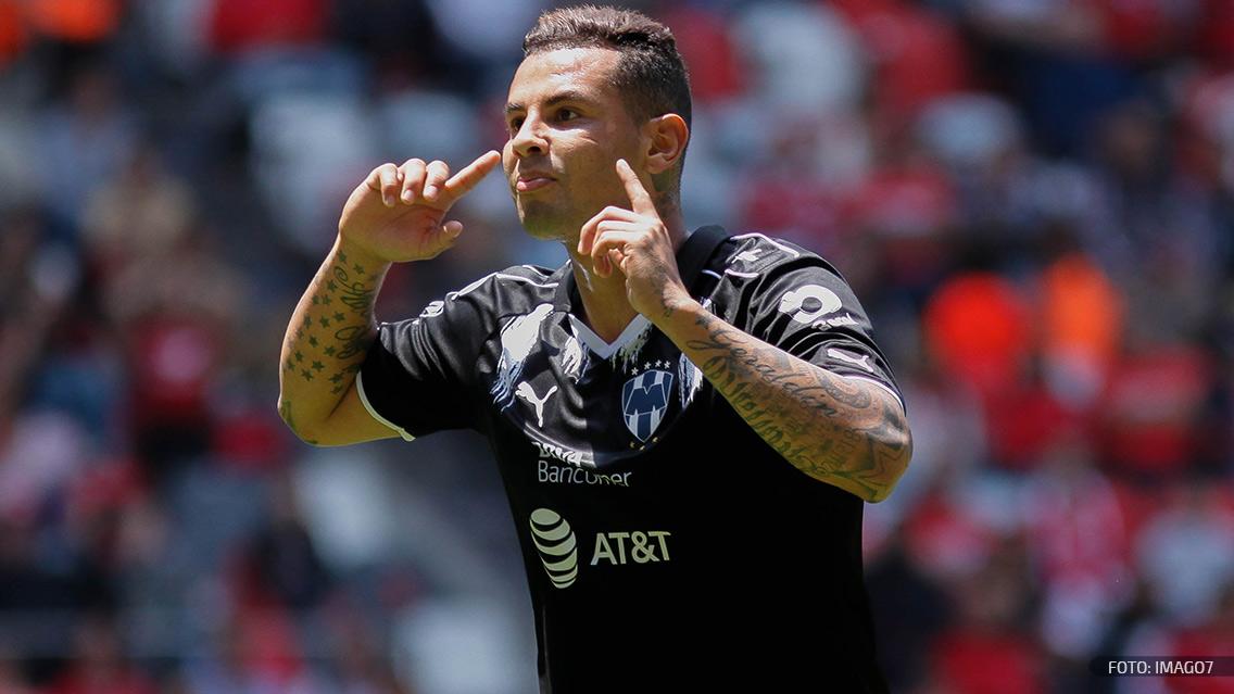 """""""Tienes que dejar de hablar y ponerte a jugar"""": Edwin Cardona a Matheus Uribe"""