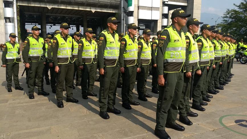 214 nuevos policías llegaron a reforzar la seguridad en Medellín