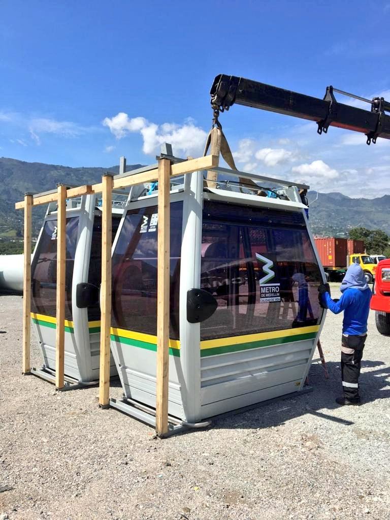 Llegaron a Medellín las primeras 52 cabinas del Cable Picacho