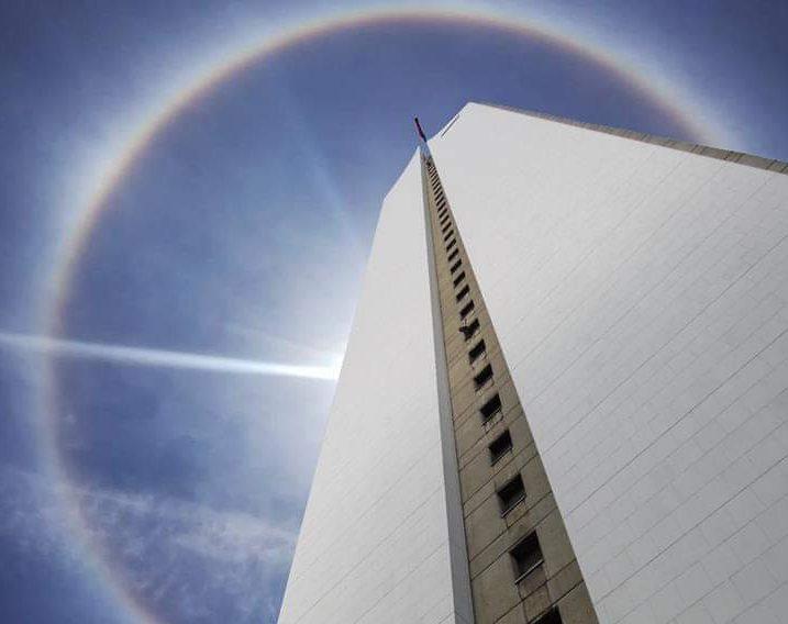 El cielo de Medellín se adornó con un Halo Solar que duró 15 minutos