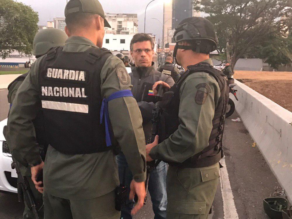 Leopoldo López fue liberado por militares del régimen de Maduro