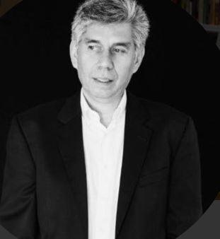 Daniel Coronell regresa con su columna habitual a la revista Semana