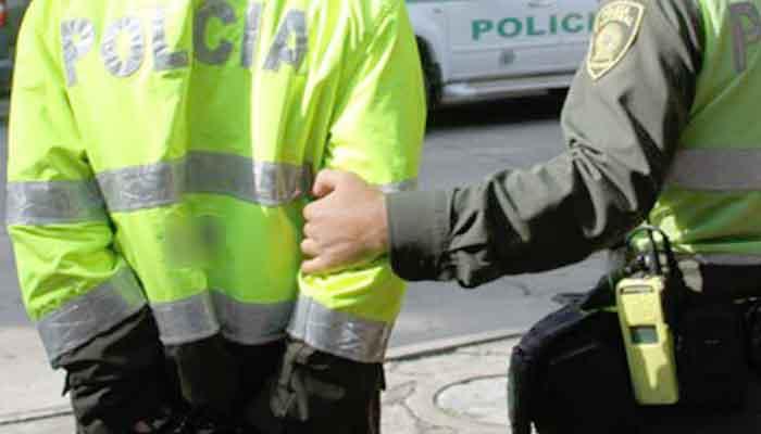 Capturados 10 policías en Barbosa por presunta corrupción