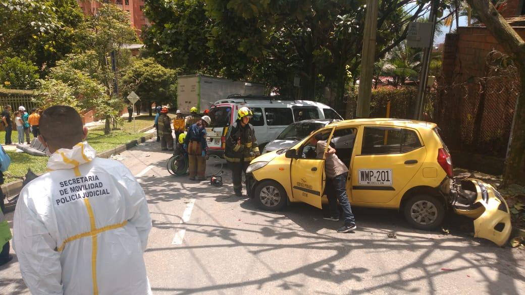 Accidente múltiple en la Loma de los González deja una persona muerta