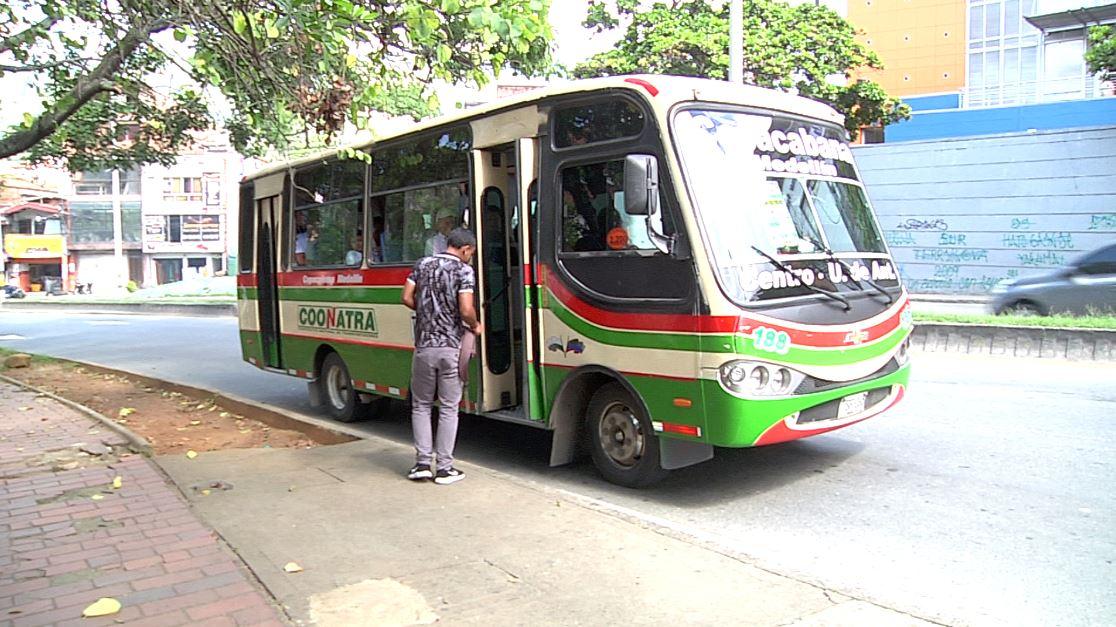 Se restableció el servicio de buses en la Autopista Norte