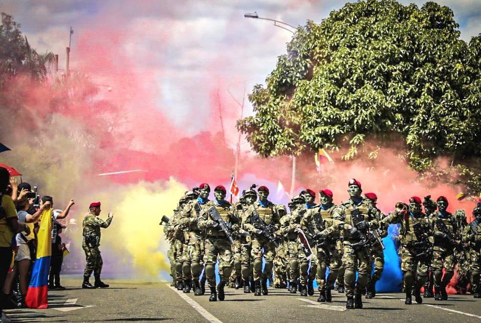 Se realizó en Medellín el desfile militar del Día de la Independencia