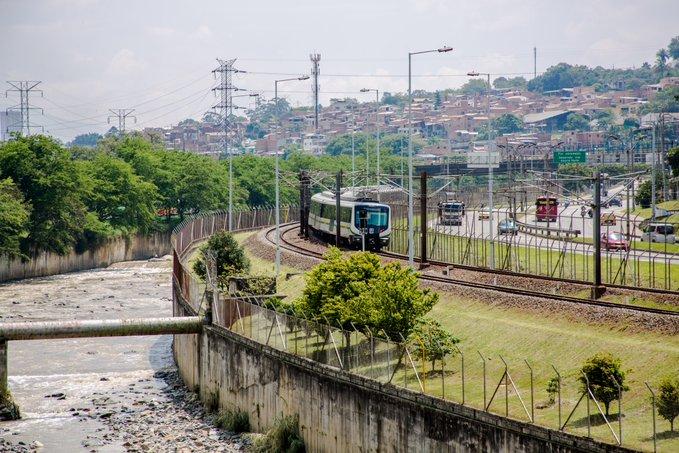 Alcaldía de Medellín explicó la presencia policial en los vagones del Metro