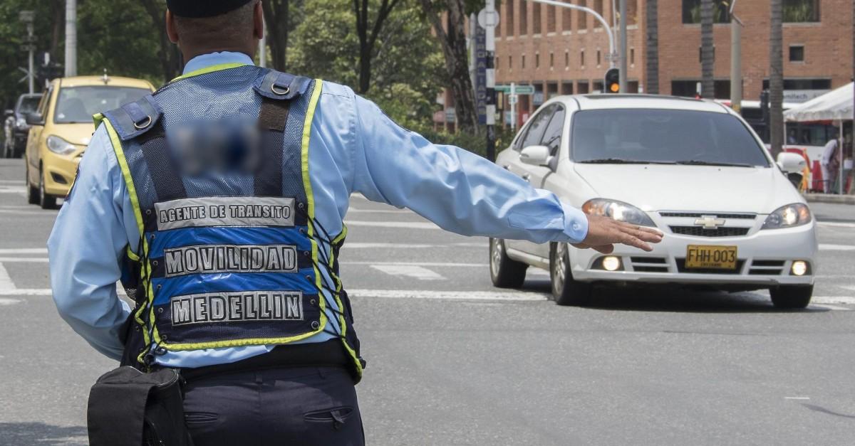 Agentes de tránsito de Santa Fe De Antioquia fueron agredidos por motociclistas