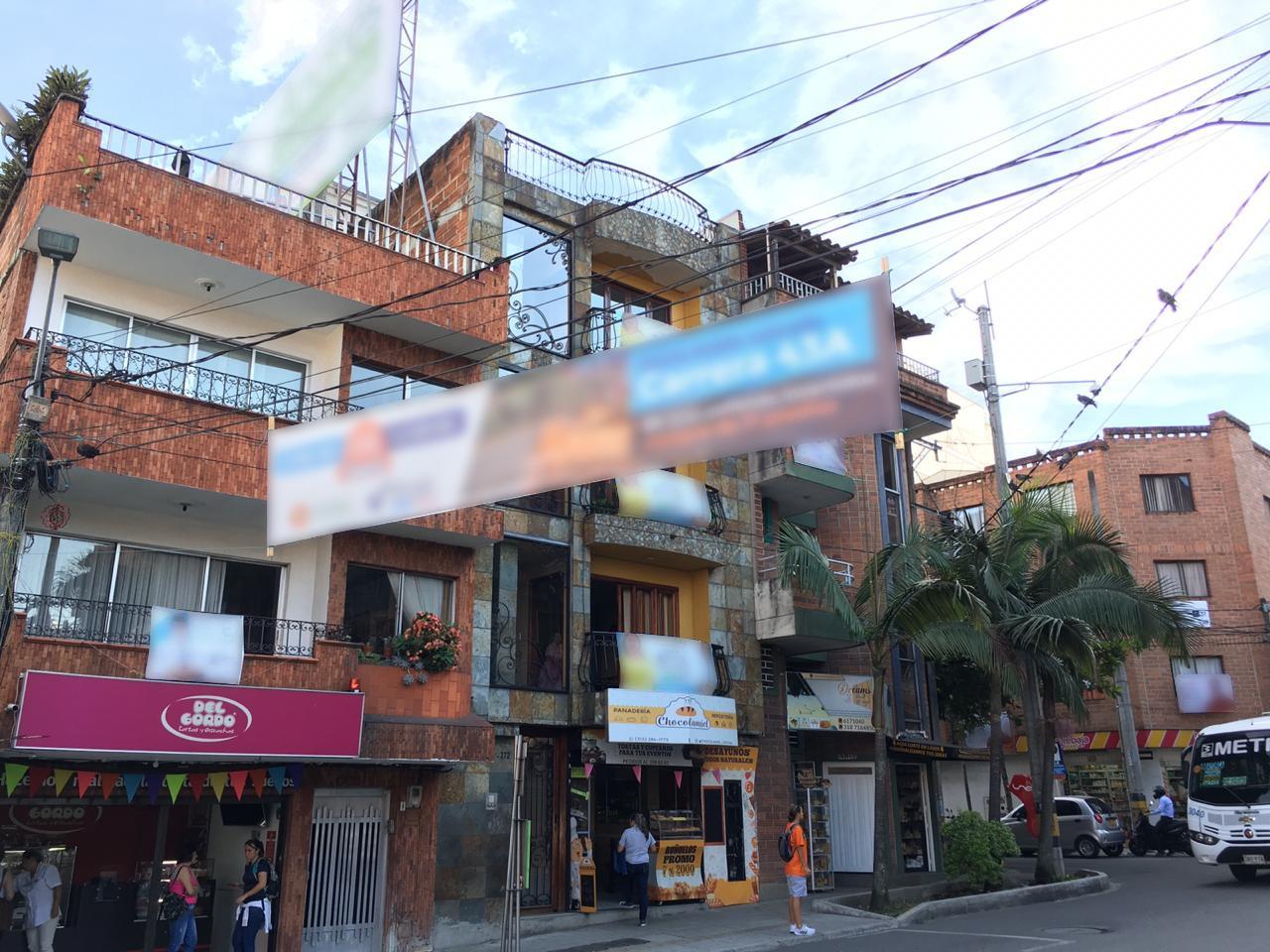 Habitantes de Sabaneta inconformes por abundancia de vallas publicitarias