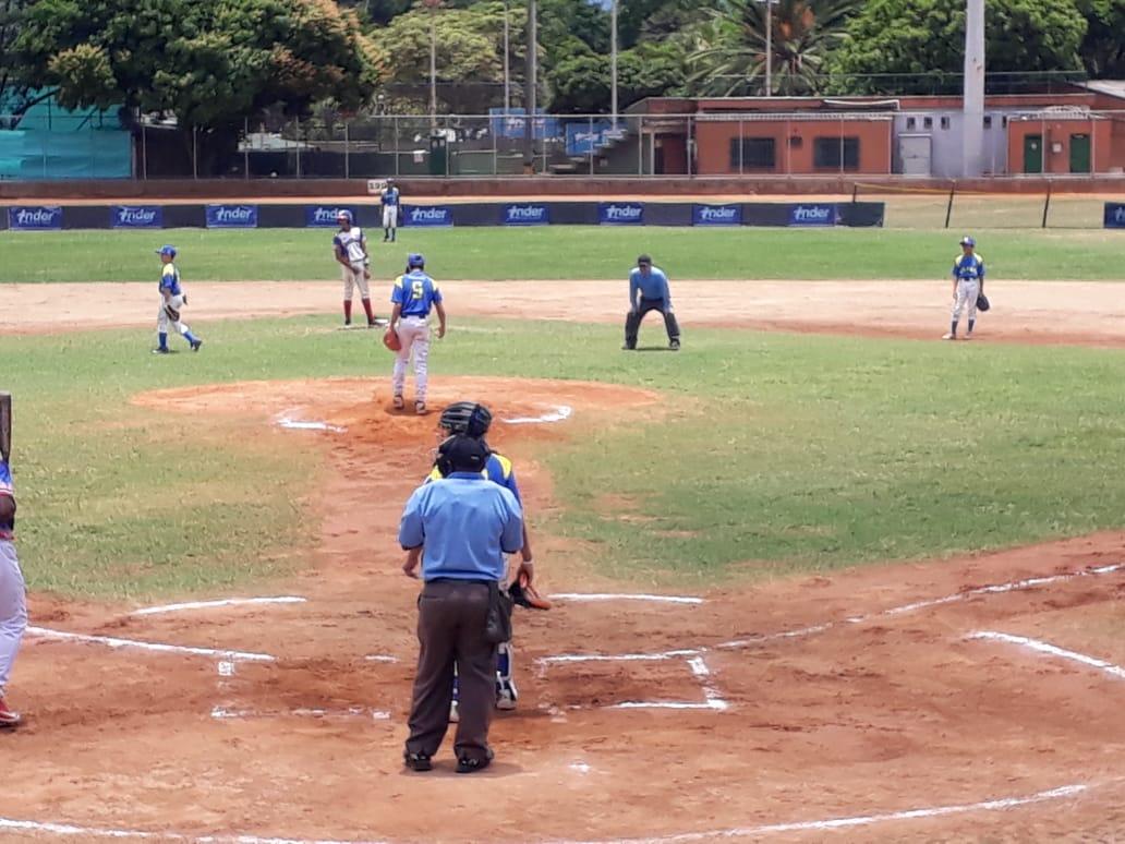 Colombia lidera el Torneo Panamericano sub 12 de Beisbol