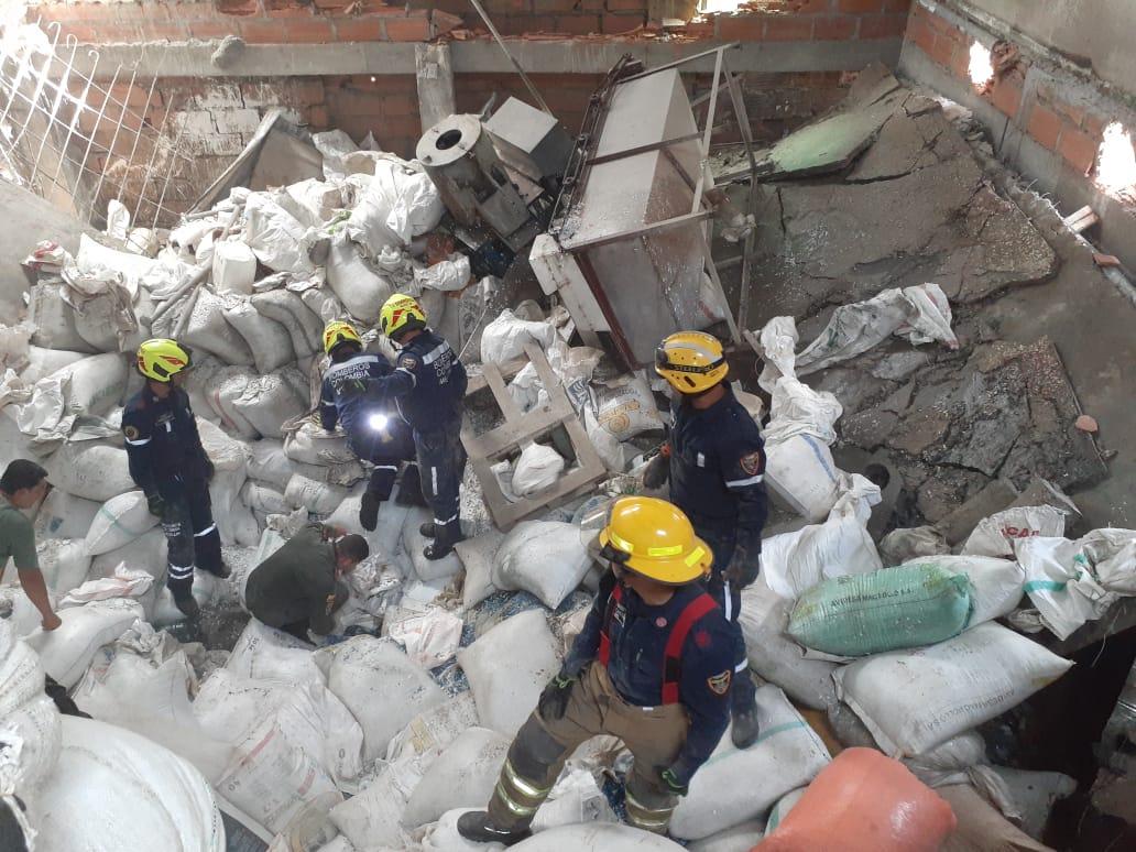 Colapso de una losa dejó una persona muerta en Medellín