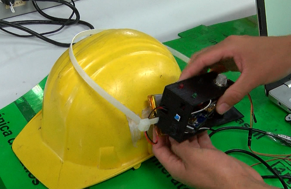 Estudiantes del Pascual Bravo crearon casco minero salvavidas