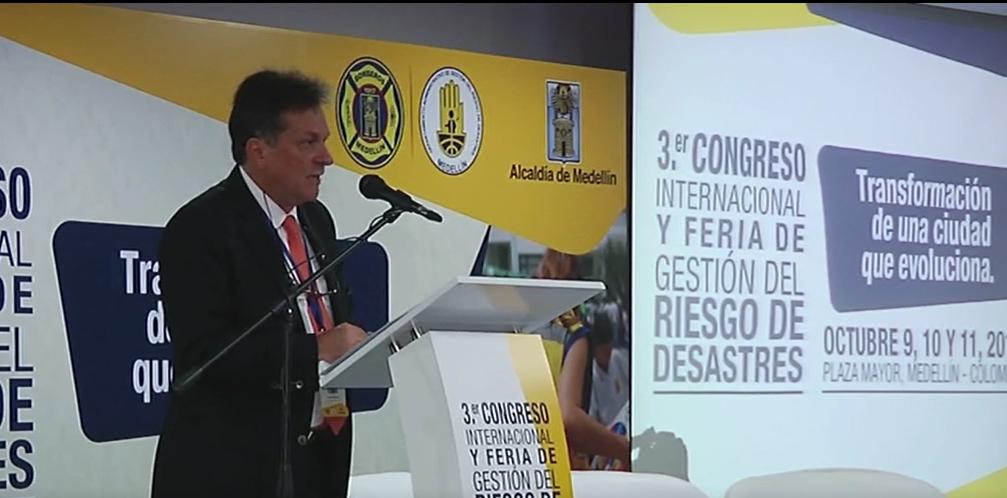Bomberos de más de 20 países reunidos en el Congreso de Gestión del Riesgo