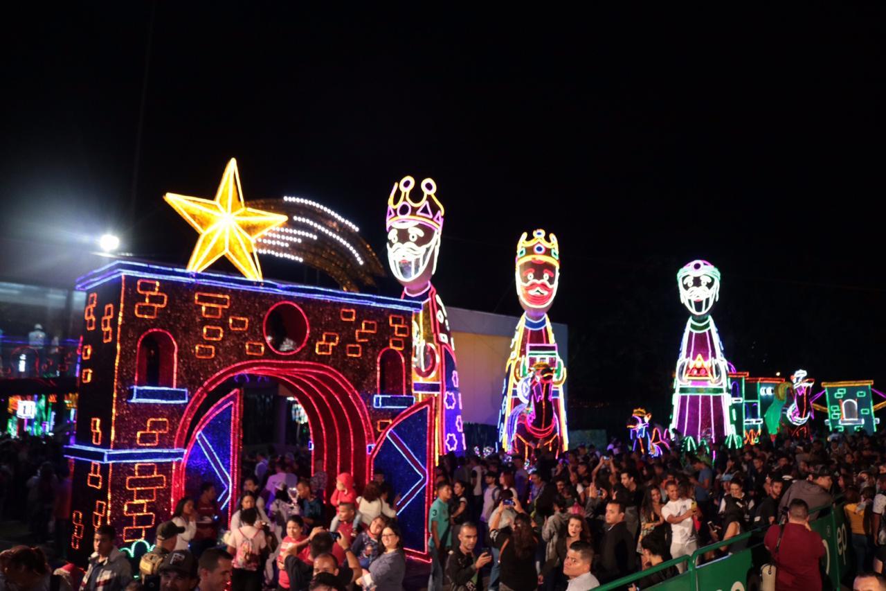 Fueron encendidos los alumbrados navideños en Medellín