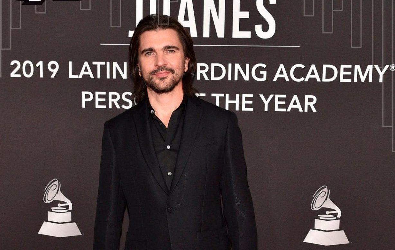 """Juanes es reconocido como """"Persona del Año"""" en los Latin Grammy"""