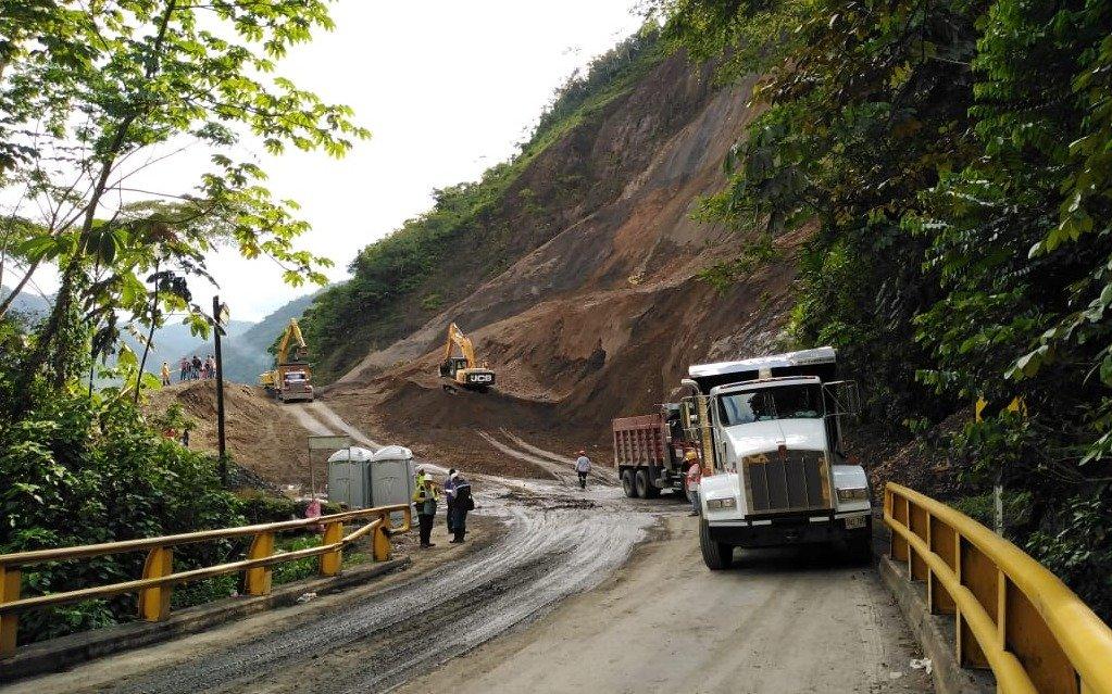 Tramo de la Autopista Medellín – Bogotá permanecerá cerrado una semana más