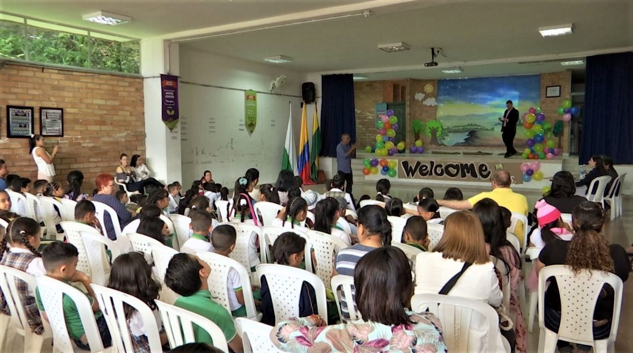 Con programa de Semilla Bilingüe, niños mejoran su nivel de inglés
