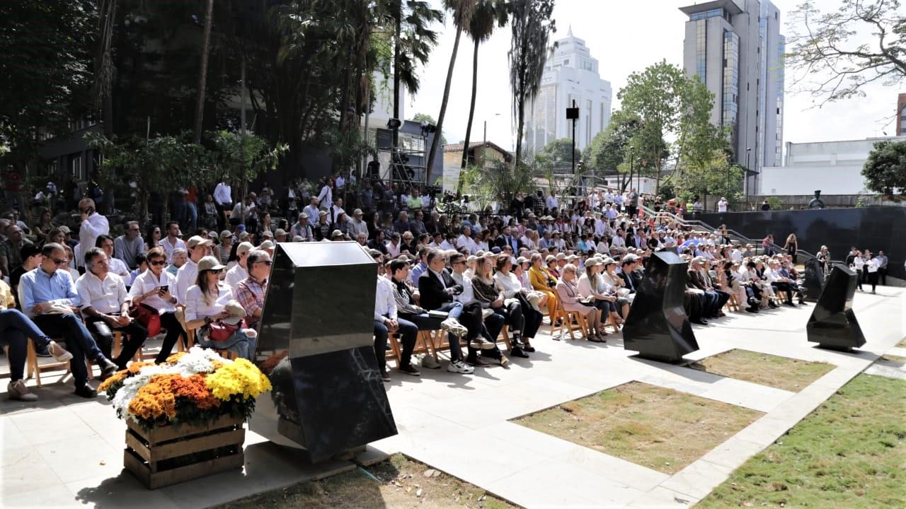 Inaugurado Parque Memorial Inflexión, un homenaje a las víctimas del narcoterrorismo