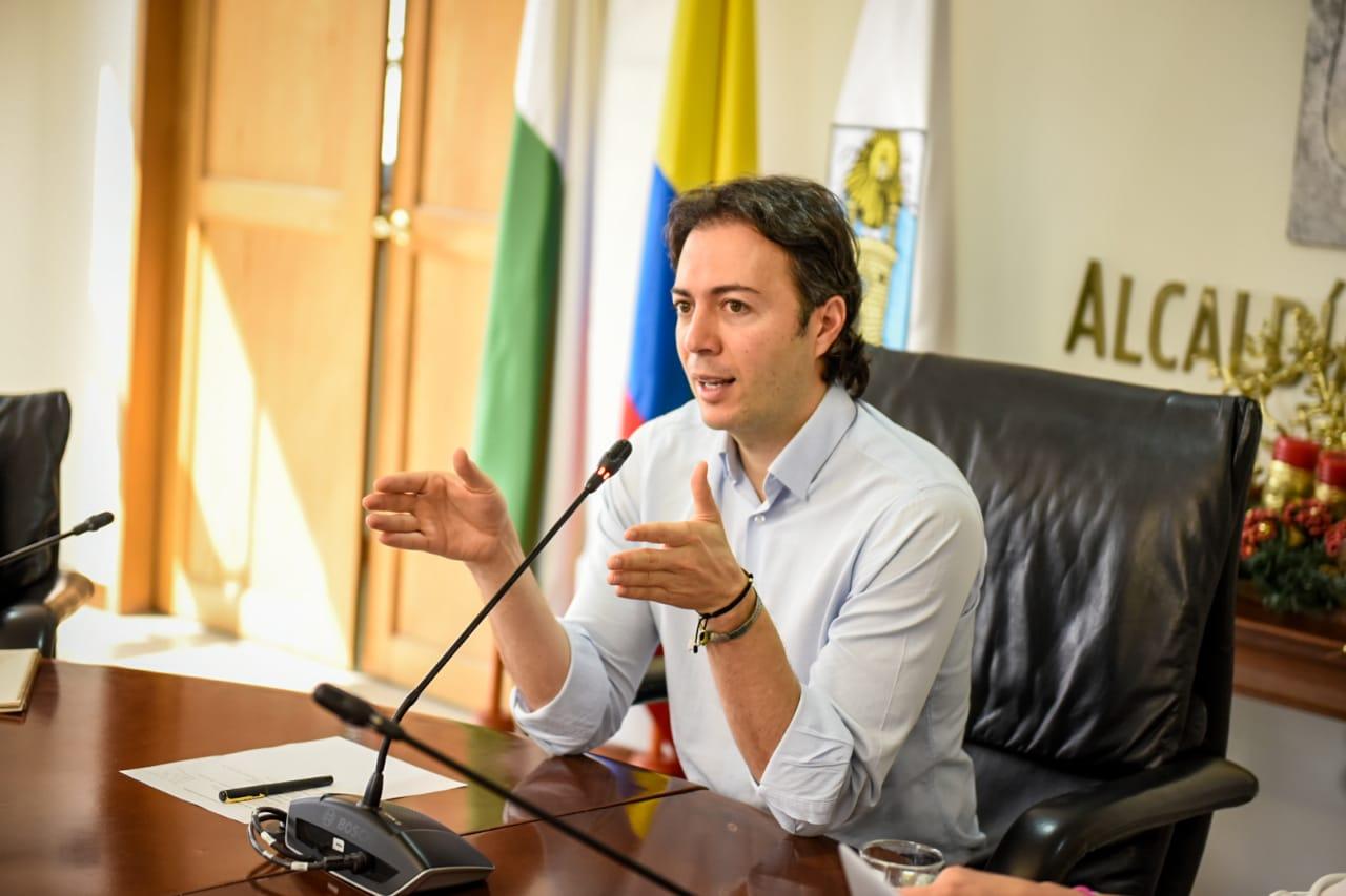 Alcalde de Medellín dio nuevos nombres que conforman su gabinete