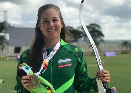 Valentina Contreras cerró el año con balance positivo en el tiro con arco