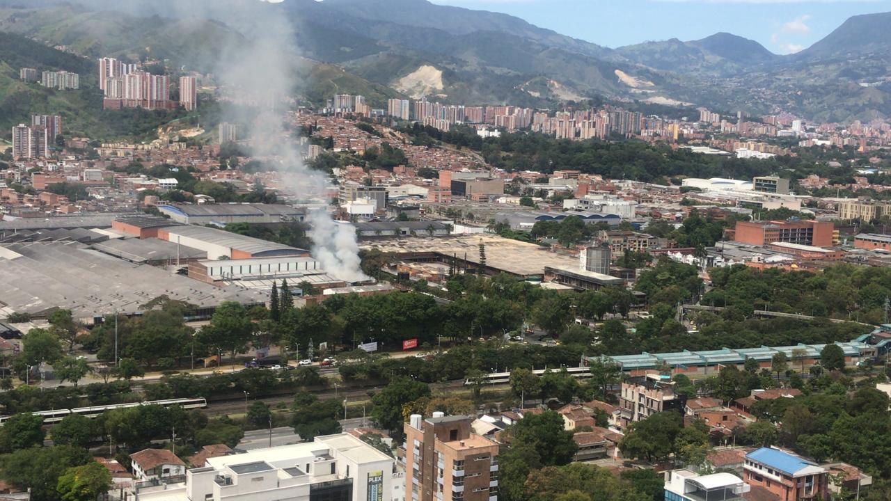 Incendio en Itagüí dejó ocho personas lesionadas por inhalación de humo