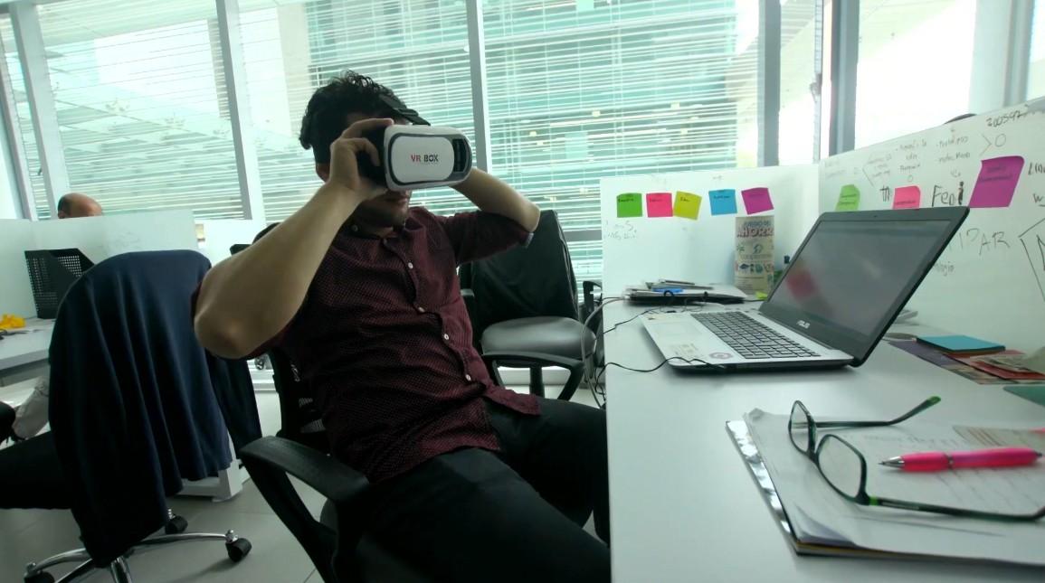ChatBots y gafas 3D: herramientas para construir el Plan de Desarrollo de Medellín