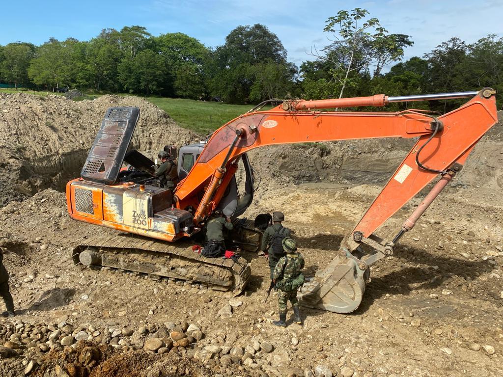 El Ejército desmanteló mina ilegal en la vereda San Miguelito de Sonsón