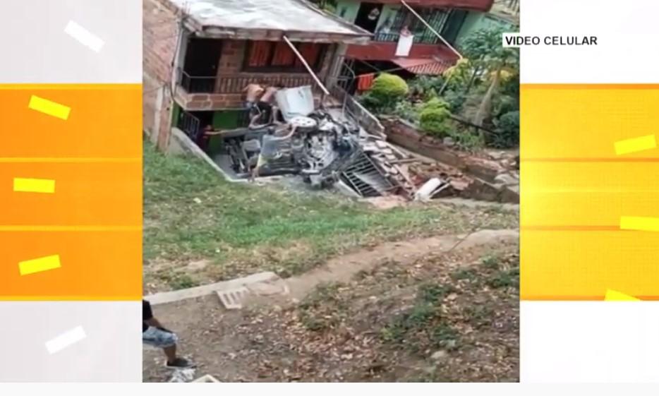 Aparatoso accidente en dejó una persona lesionada en Manrique