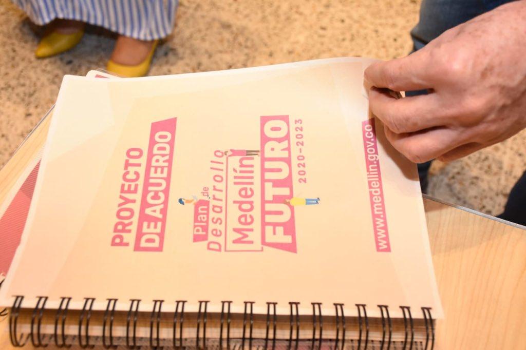 Concejales analizan proyección de la educación en el Plan de Desarrollo de Medellín