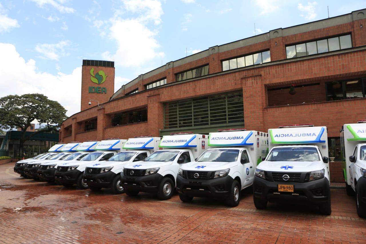 Entregan 19 ambulancias nuevas en diferentes municipios antioqueños