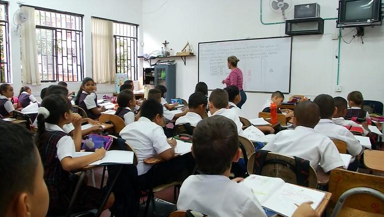 En la actualidad el 11 % de las sedes educativas no tienen acueducto