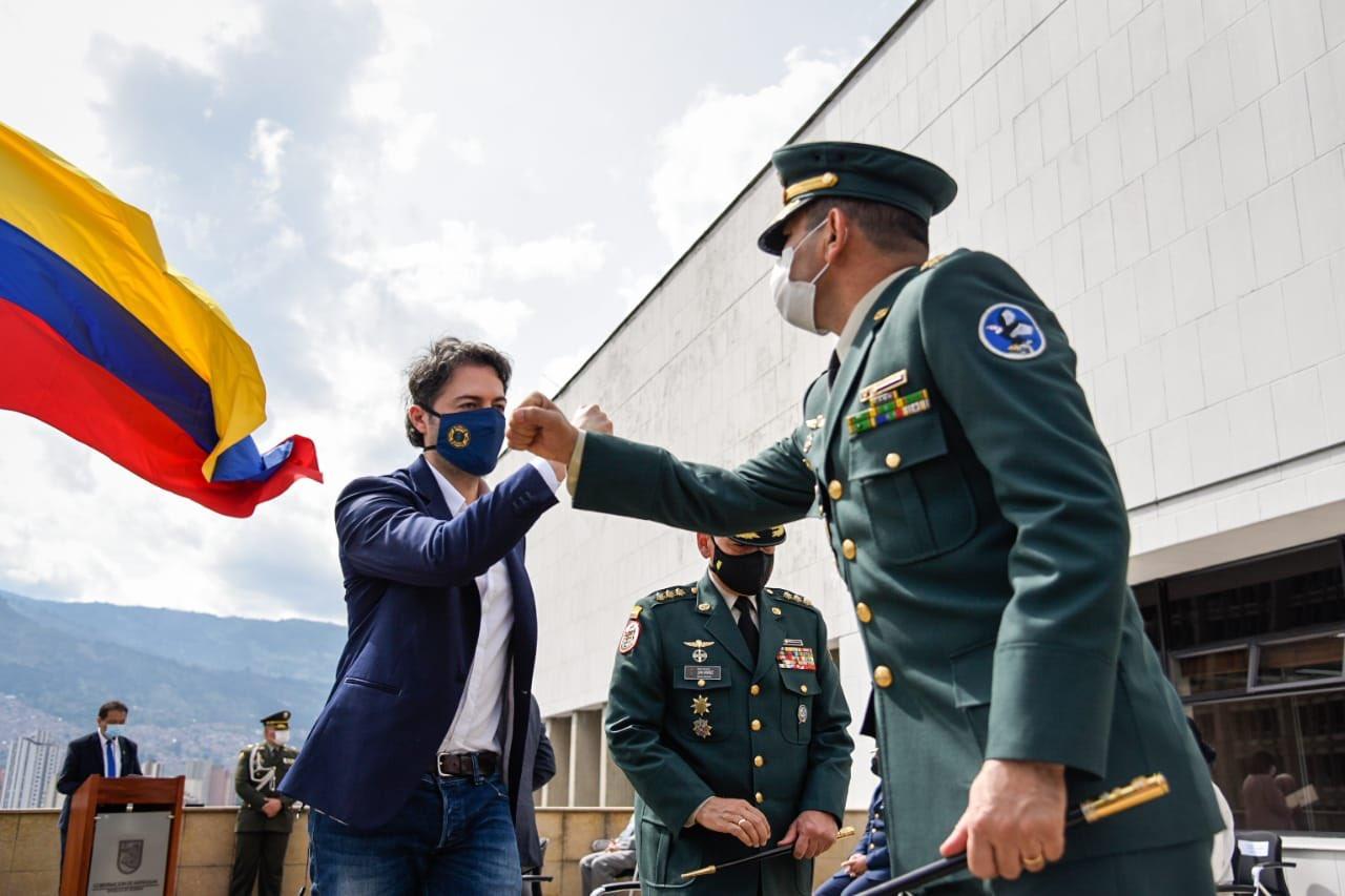 Alcalde de Medellín recibió mensajes de apoyo y solidaridad