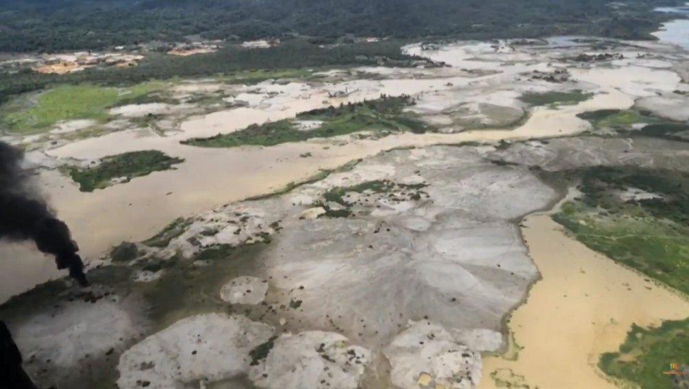 En Cáceres, Ejército destruyó una unidad de producción minera ilegal