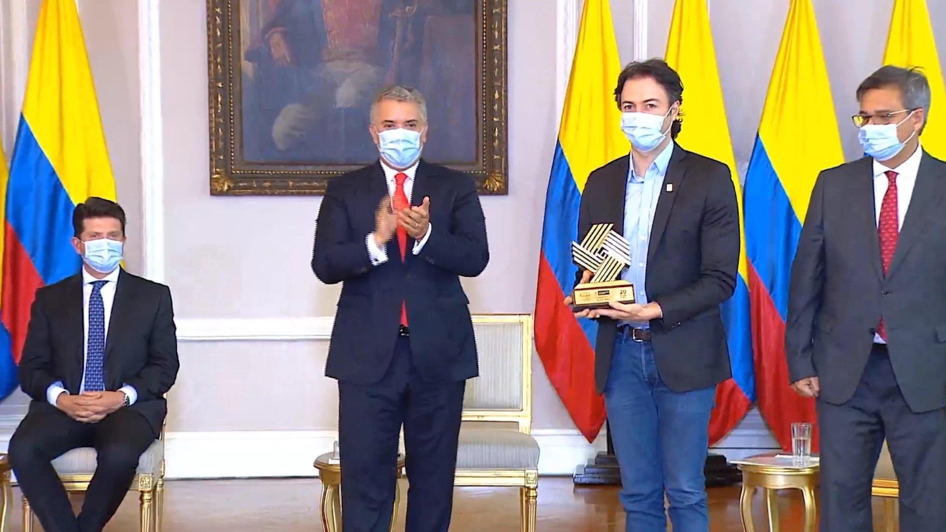 Alcaldía de Medellín recibió el premio nacional de Alta Gerencia 2020