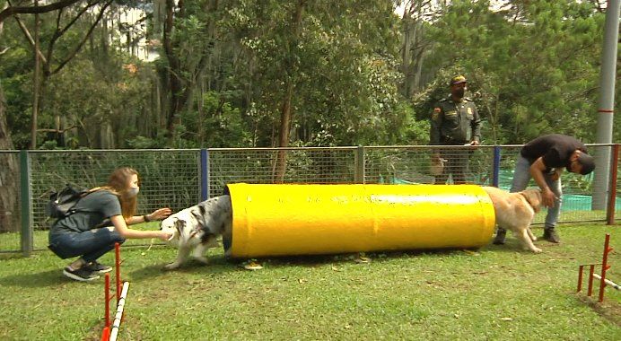 Inauguran dos parques para mascotas en Itagüí