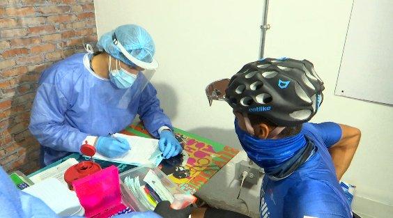 La organización de la Vuelta a Antioquia realizó las pruebas de covid-19