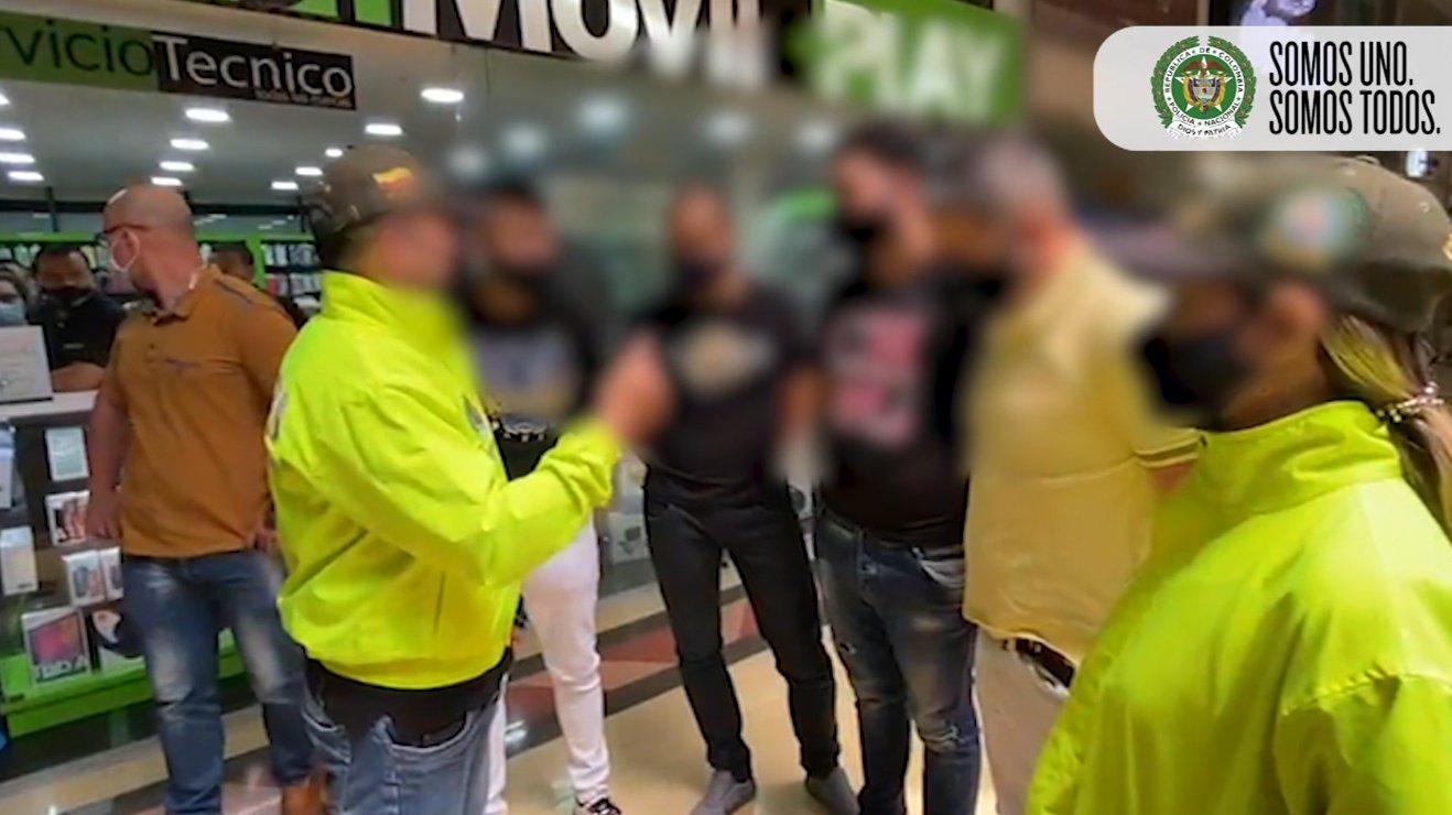 Cuatro presuntos extorsionistas fueron capturados en Medellín