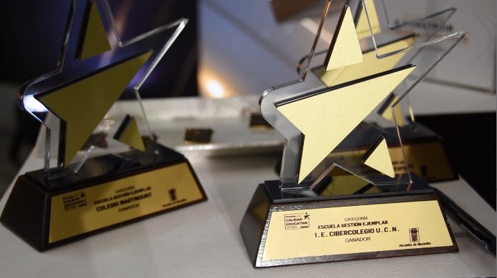 129 iniciativas fueron galardonadas en los Premios a la Calidad Educativa Ser Mejor