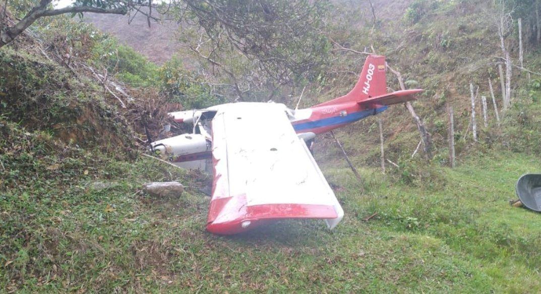 Avioneta se estrelló en zona rural de Amalfi