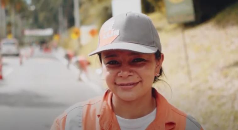 Más del 15% de empleos en obras públicas de Medellín son ocupadas por mujeres