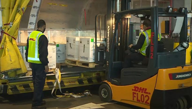 Llegó a Colombia un nuevo lote con 538.200 dosis de la farmacéutica Pfizer