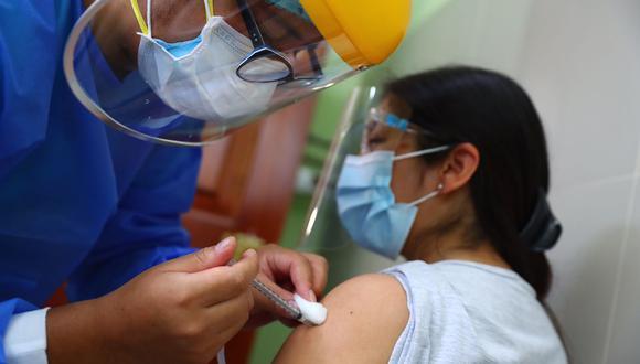 Anuncian la apertura de vacunación para personas entre 30 y 34 años